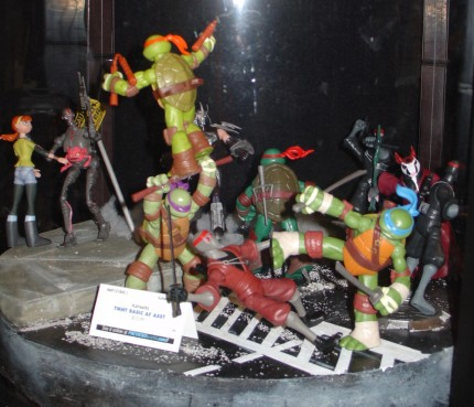 TMNT figures @ Diamond booth