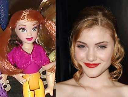 Totally looks like Skyler Samuels. Don't you agree?