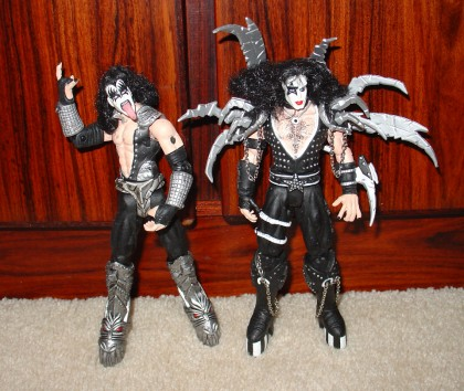 Two dudes from KISS