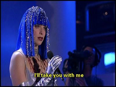 Thekla Reuten as ''Debbie'' in 'Everybody's Famous'